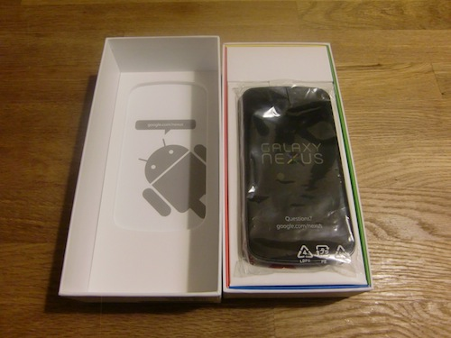 Galaxy Nexus 箱蓋開け