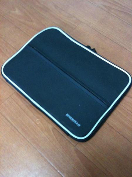 ELECOM ZEROSHOCK  ZSB IB019BK にApple wireless keyboard2