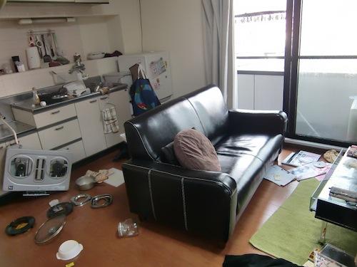 東日本大震災 キッチン回り